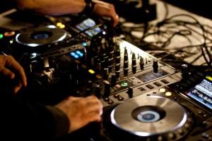 DJ Kackis Mädelsflohmarkt